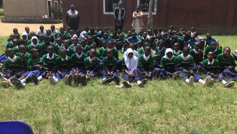 A group photo with pupils and their teachers after a talk