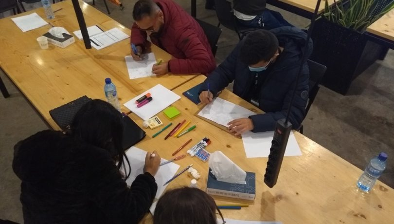 Citizen scientists drawing their mental maps during the workshop- Credits Ali Ghaddar 2020